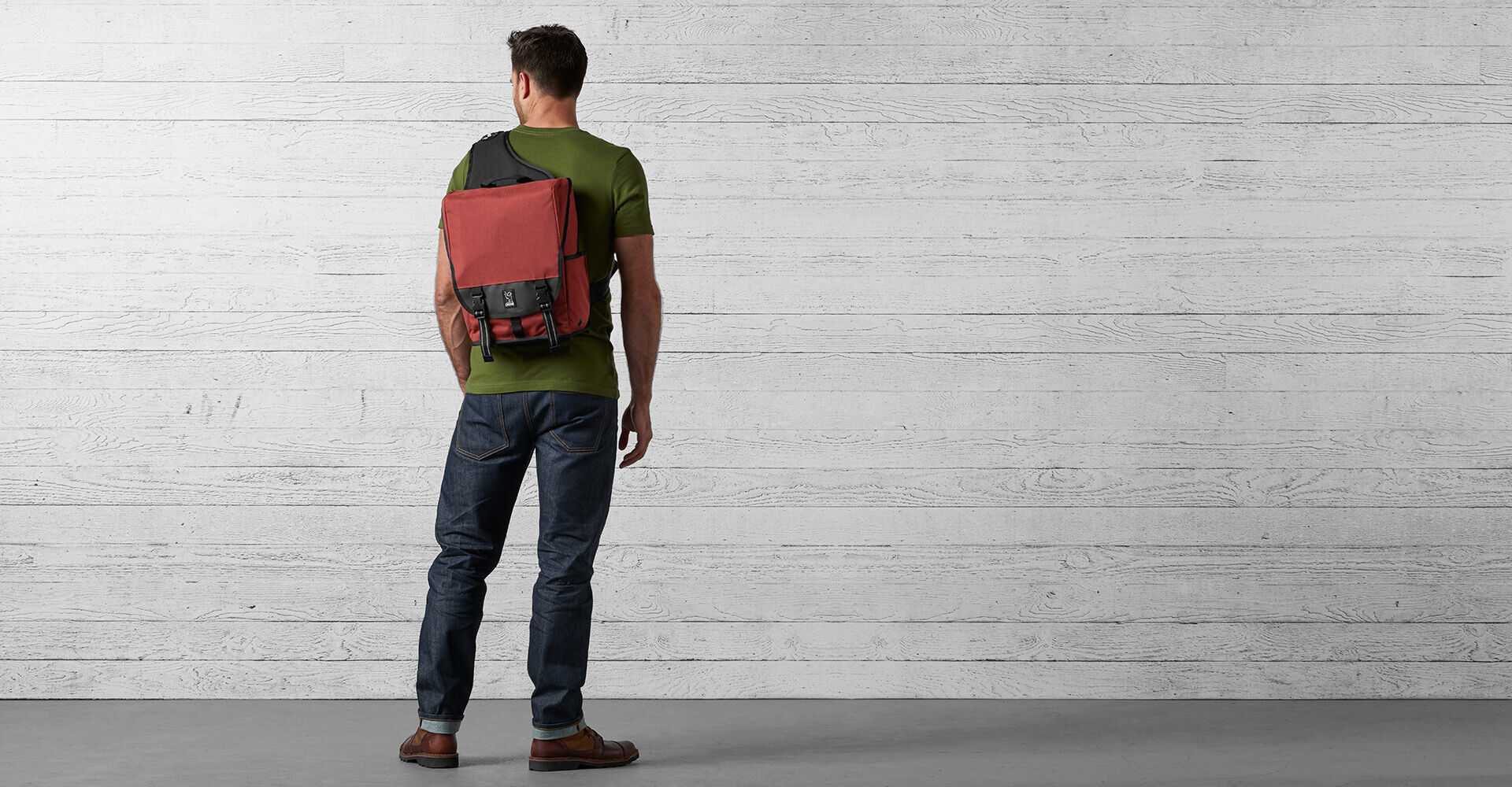 Soma Sling Messenger in Brick - wide view.