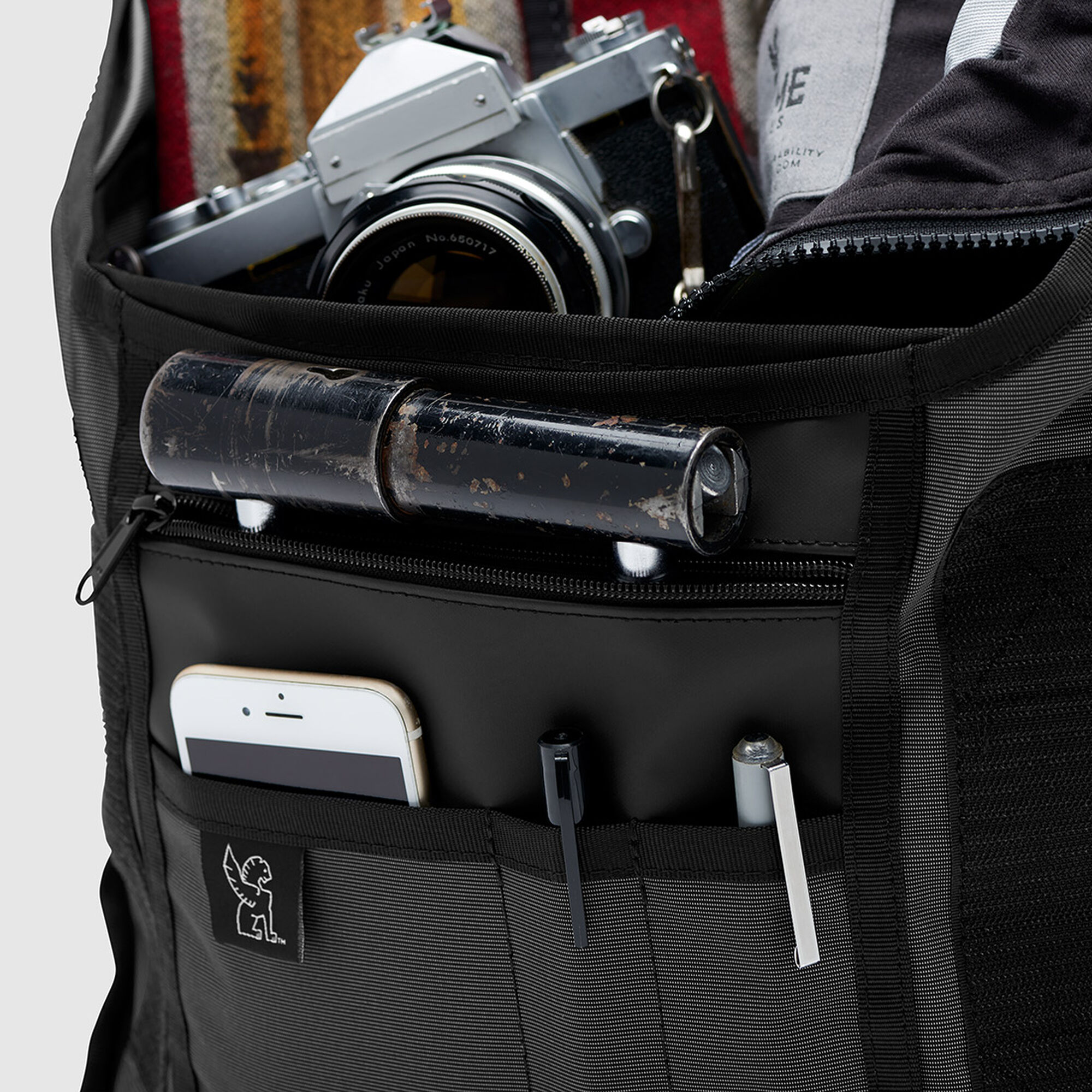 The Welterweight Mini Metro Messenger Bag In Charcoal Black Small View