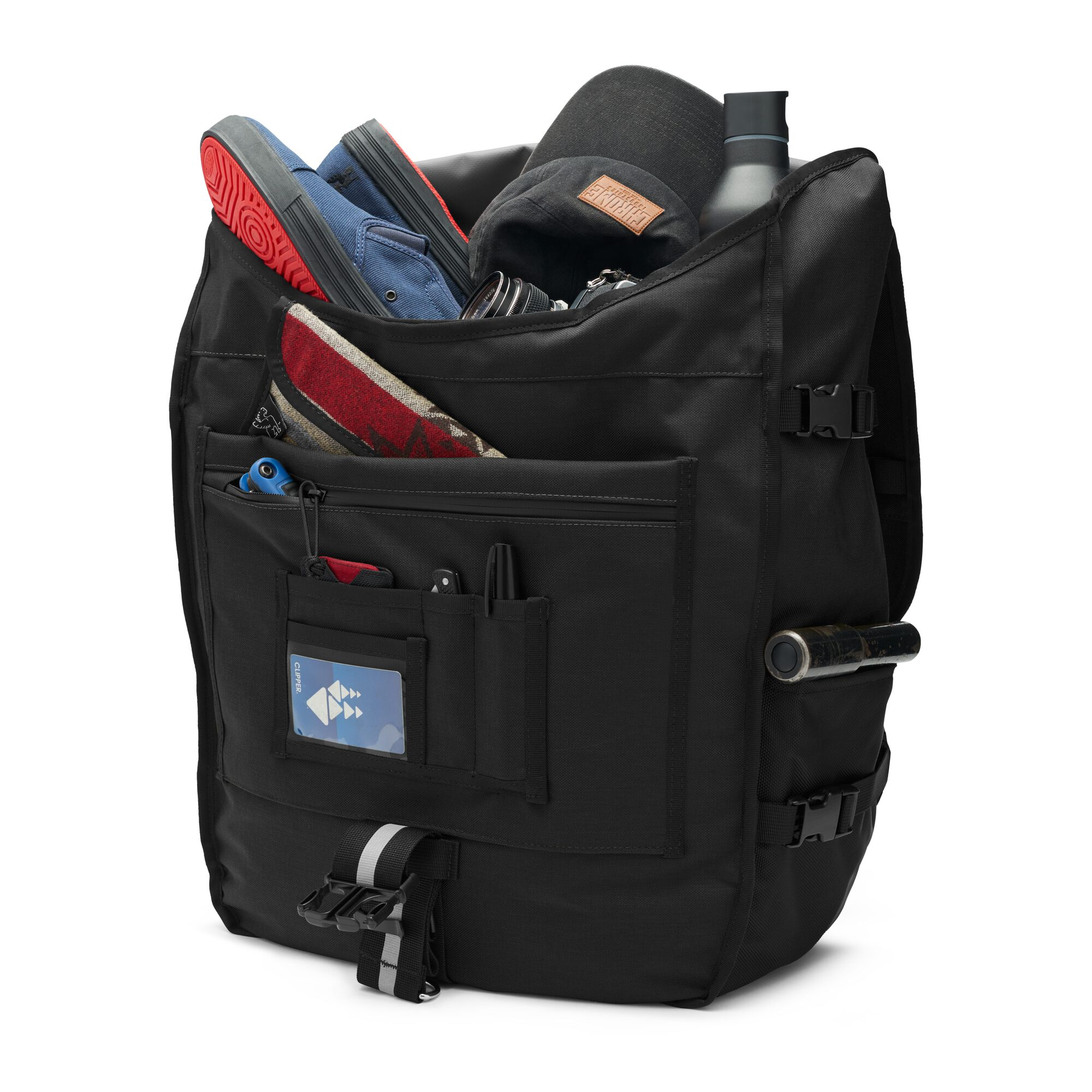 5f9a3500e2 Warsaw II Messenger Backpack - Fits laptops up to 17