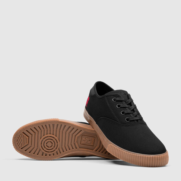 Truk Bike Shoe in Black / Gum - medium view.
