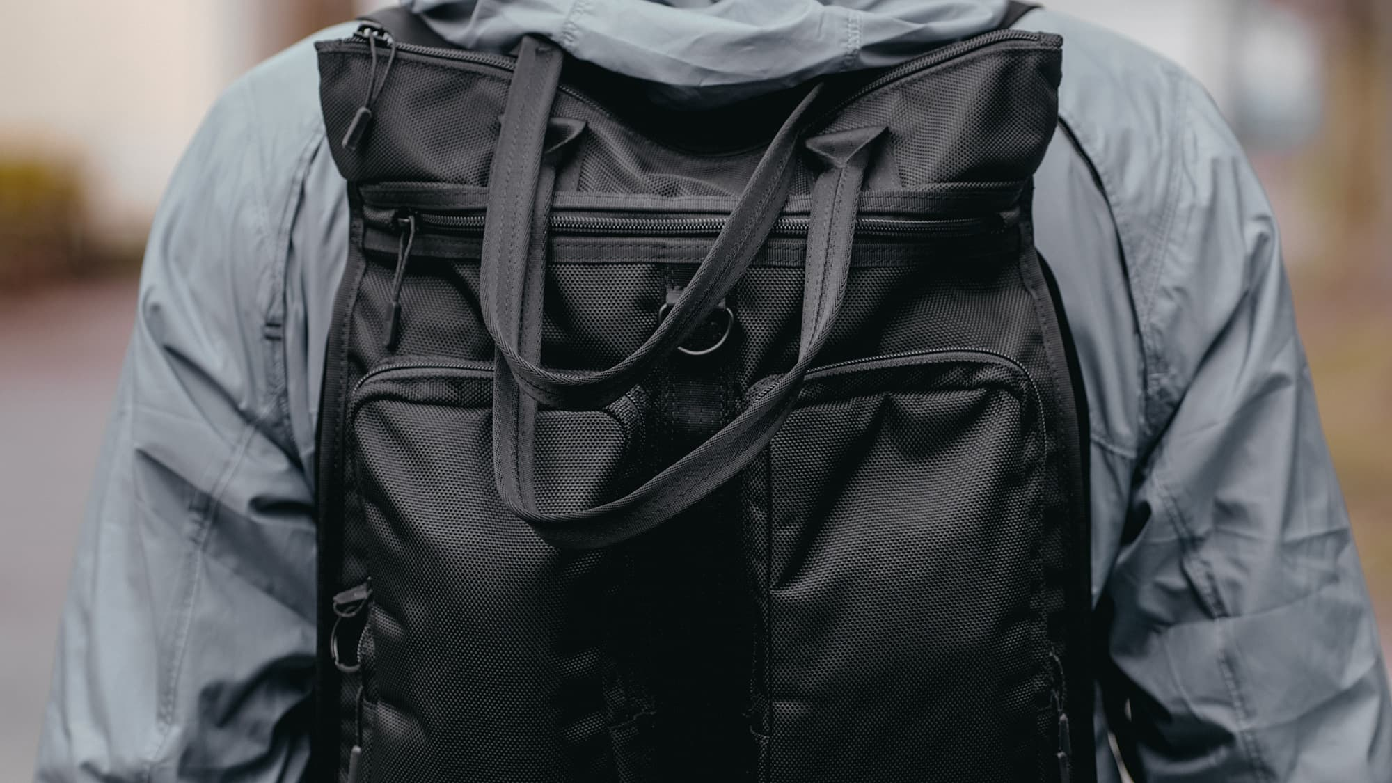 MXD Pace Tote, easy carry