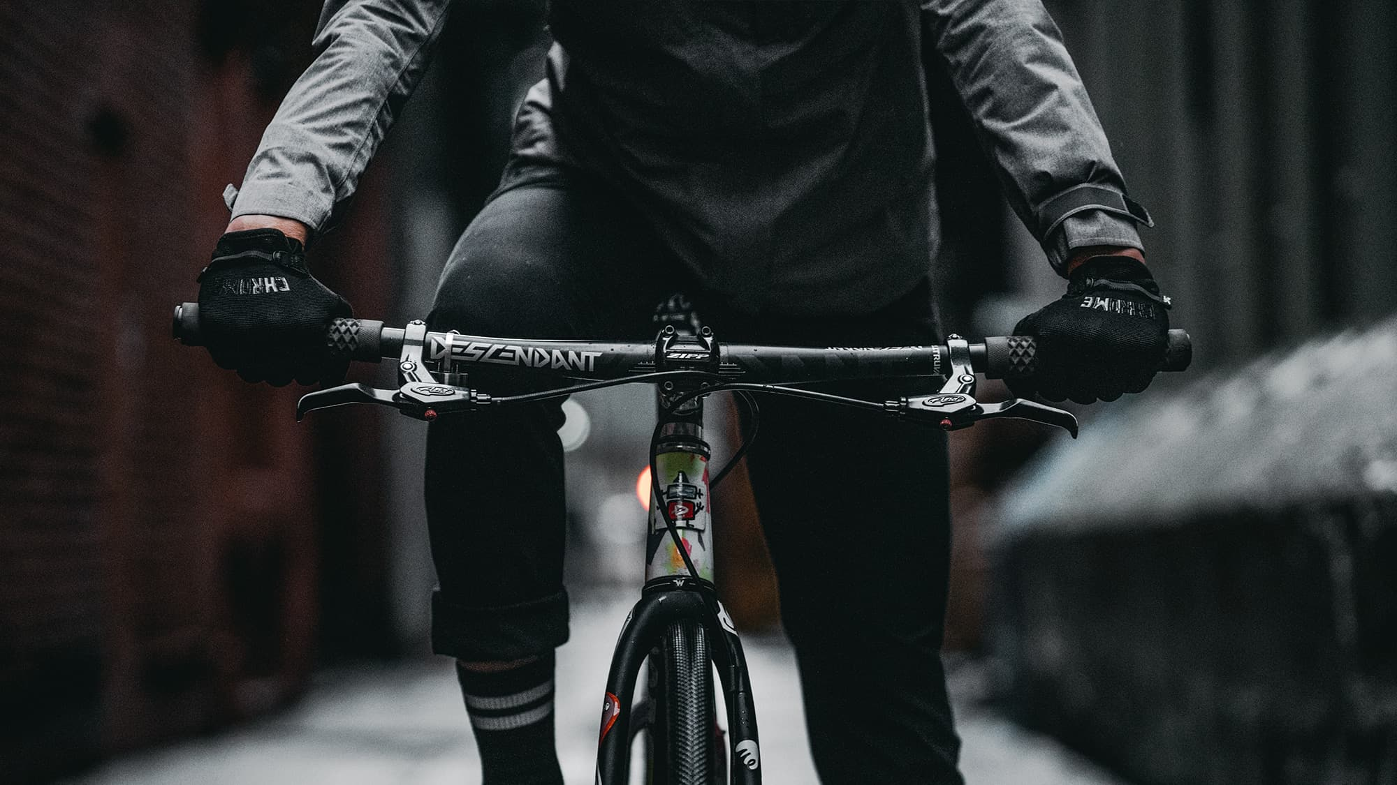 the best cycle gloves on a bike