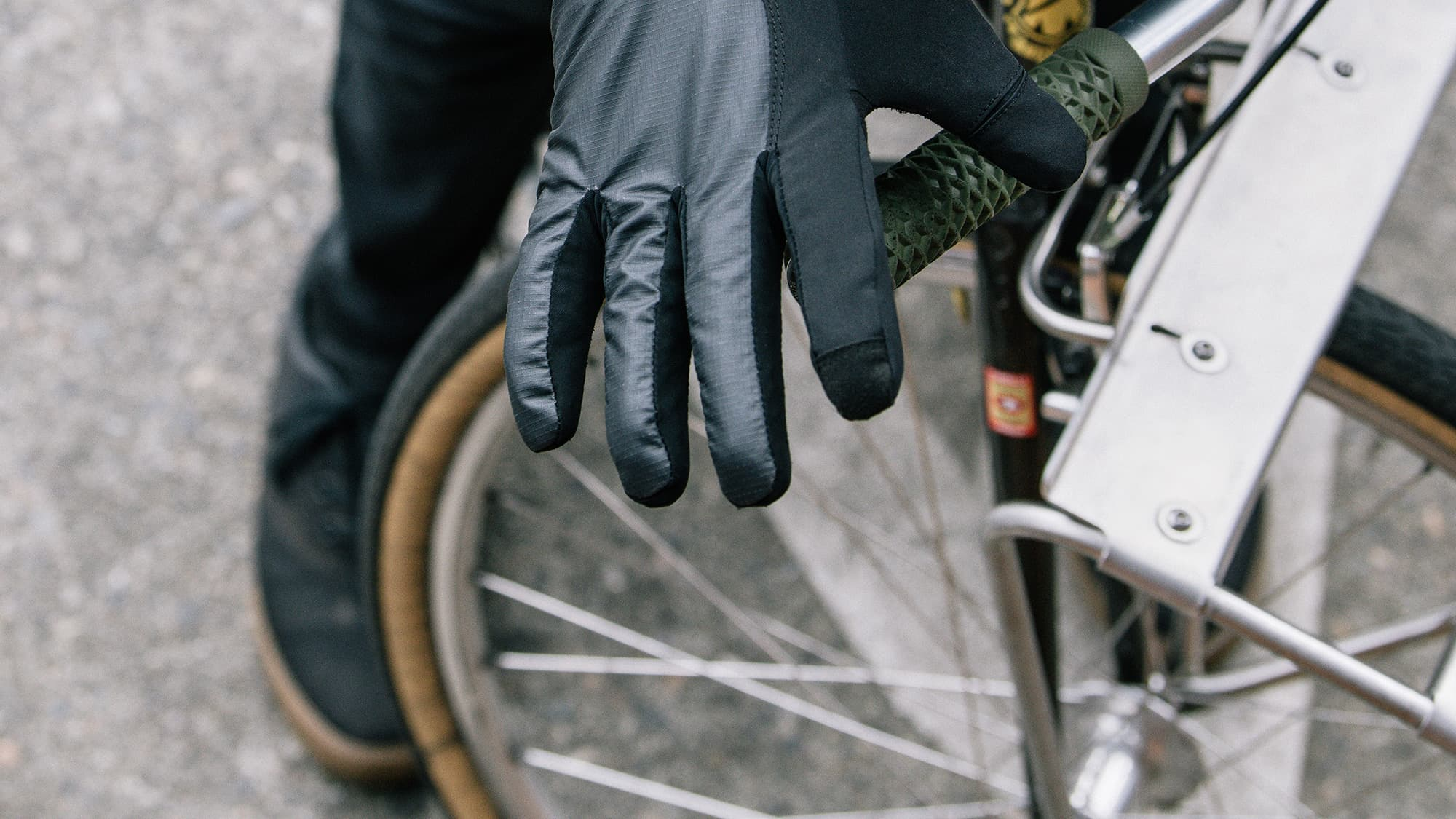 riding with cycling gloves