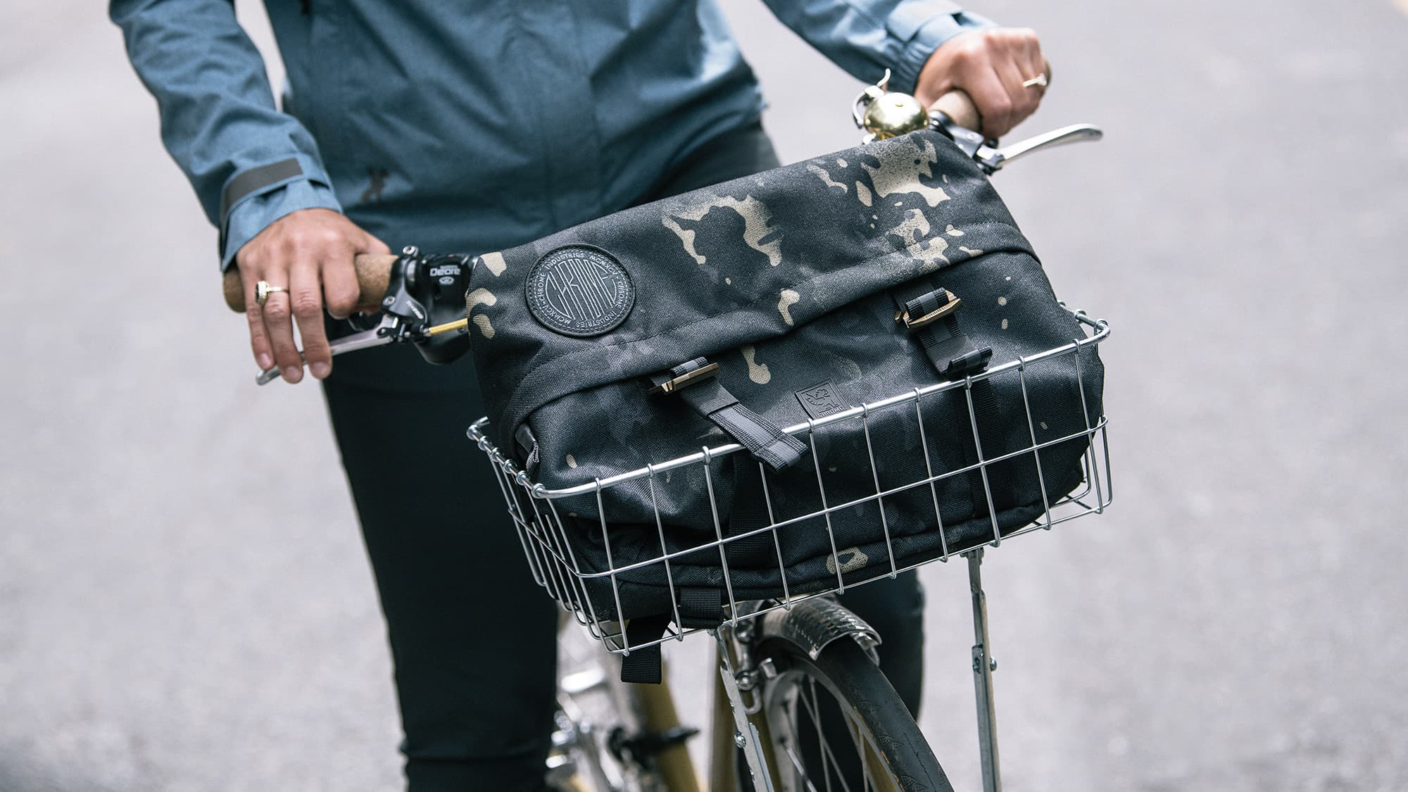 Vale Sling Bag in bike basket
